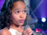 8-year old Franciele Fernanda thrills audience with her vocal prowess