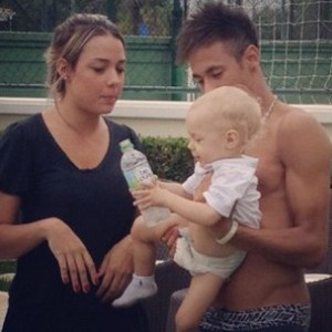 at the age of 3, neymar's son is still blonde  at the age of 3...