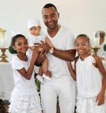 Samba musician Dudu Nobre and his children