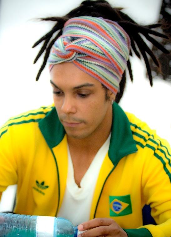 Jé Oliveira