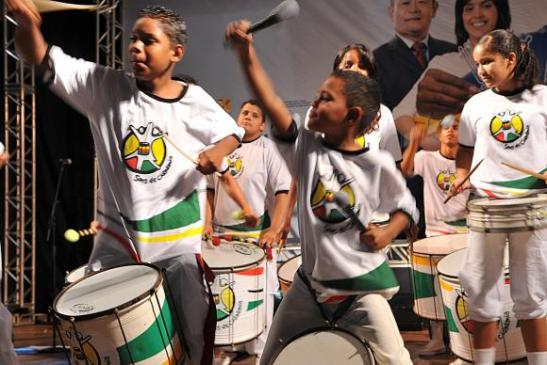 In 30 years, Banda Mirim Olodum has taught percussion to around 20,000 children and adolescents (Valter Campanato/Arquivo Agência Brasil)
