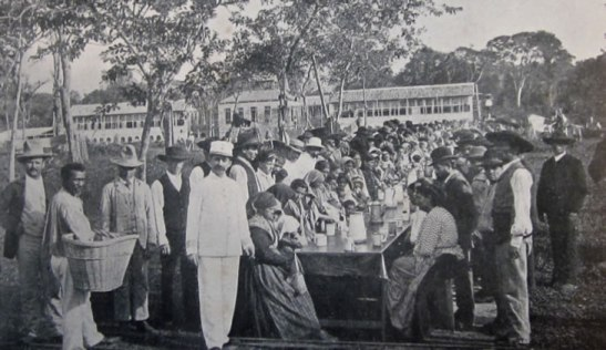 Subsidized by the government, around one hundred families of Italian farmers arrived in Pará (southern Brazil) in 1898