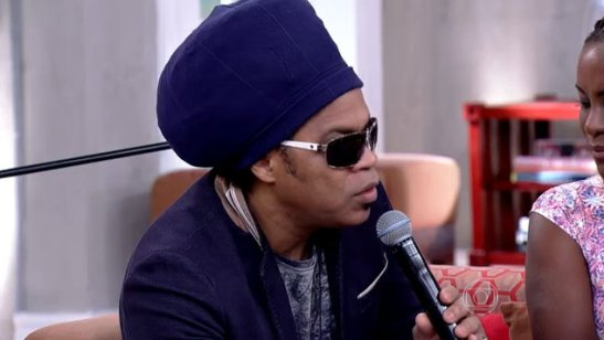 Popular musician Carlinhos Brown, a host on Globo TV's music reality show 'The Voice Brazil' also offered his support of the 'Sexo e as negas'