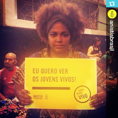 Renata Morales, member of the Collective MBP (Meninas Black Power)