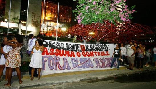 Protests against the series have continued throughout its airing. Photo from October in Salvador, Bahia