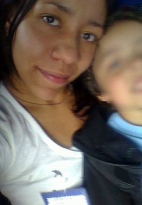 Suzane Jardim and son