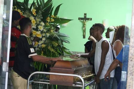 11-year old Patrick Ferreira de Queiroz's wake