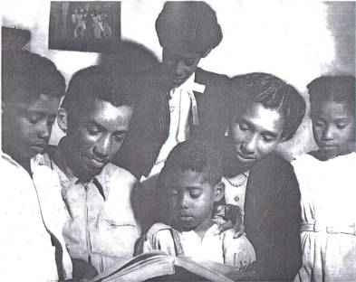 The Trindade family:  Liberto, Solano, Raquel (top), Chiquinho (below), Margarida and Godiva