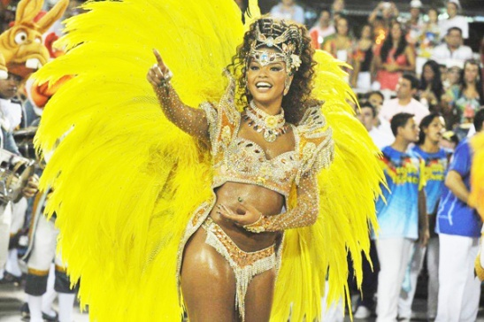 "Actress Juliana Alves, ""rainha de bateria"" for the Unidos da Tijuca Samba School"