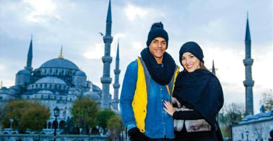 Actor with girlfriend in Turkey