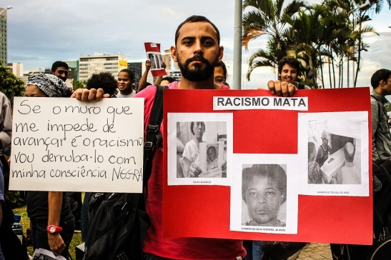 "Manifestation in act ""Somos todas Cláudia"" (We are all Cláudia) in March 2014 in Brasília in protest against the death of Cláudia da Silva Ferreira in Rio de Janeiro"
