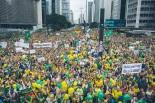 Protesters on Avenida Paulista in São Paulo on Sunday