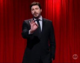 Danilo Gentili on the late night talk show 'The Noite'