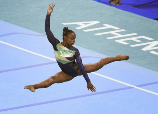 Daiane dos Santos in the Olympic Games in Athens in 2004 (Photo - Julio Guimarães/LancePress)
