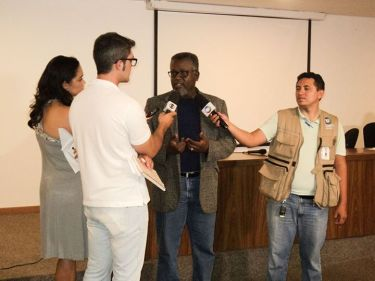 University professor and researcher Instituto de Pesquisas Econômicas Aplicadas Carlos Alberto Santos was a victim of police harassment in December 2014