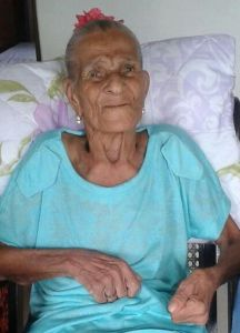 Mãe Dede, as the ialorixá was known, was 90 years old