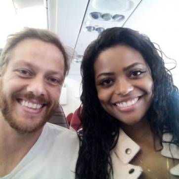 Miss MundoBrasil 2015, Ana Luísa Castro, with her husband.