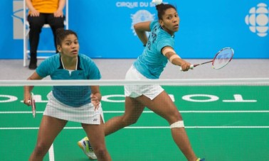 Sisters Luana and Lohaynny Vicente took the silver in badminton