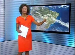 Jornal Nacional weather girl Maria Júlia Coutinho