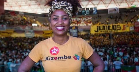Mulher, negra e feminista - conheça a nova vice-presidenta da UNE