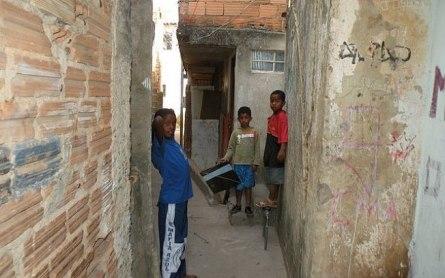 O que ouvimos dos jovens nas favelas é que eles precisamo de um modelo, diz relatora da ONU