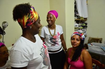 TS_Projeto-Nega-Rosa-atende-mulheres-de-comunidades-do-Rio-de-Janeiro_08102015002-850x563