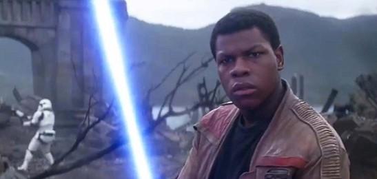 John Boyega como Finn