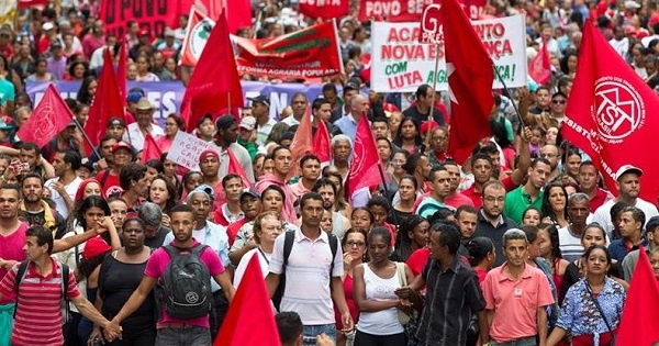 Os negros nos protestos democráticos (4)