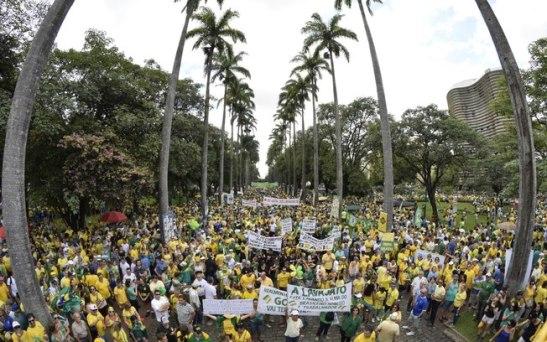 Protesto contra a presidente Dilma Rousseff em Belo Horizonte