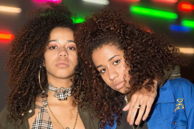 Twin daughters of Nigerian father and Brazilian mother