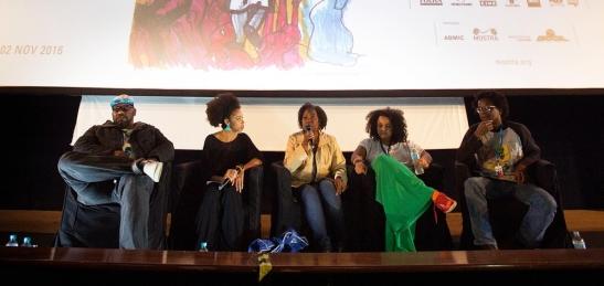 debate-a-voz-do-negro-no-cinema-tem-falas-emocionadas-e-contundentes