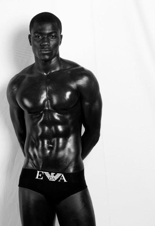 hiperssexualizacao-do-corpo-negro-masculino-3