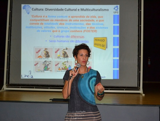 Anna Maria Canavarro Benite