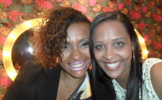 Priscila Rosa, que hoje é jornalista, e Priscila Hirle, médica