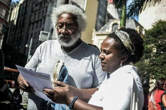 Milton Barbosa, fundador do MNU – Movimento Negro Unificado e Maria José Menezes, fundadora do Núcleo de Consciência Negr