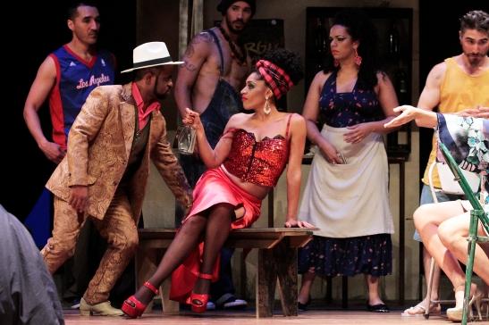 Geilson Santos no papel de Bess, e Marly Montoni como Bess © Paulo Lacerda