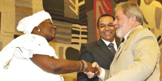 Egbomy Conceição, Eloi Ferreira, à época ministro da SEPPIR, e Lula (Foto - SEPPIR)