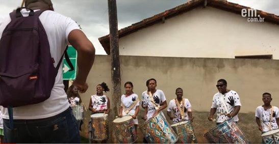 Músico cria projeto para preservar tradições em comunidade quilombola - percussion