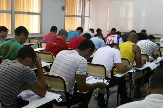 Negros quase triplicam no ensino superior no Brasil em 10 anos (4)