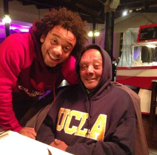 Marcelo posta foto com o avô